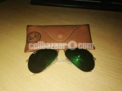 Ray Ban Aviator RB 3025 (Sunglass For Style Loving People)