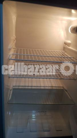 Meiling-Ston Fridge/Refrigerator - 2/5