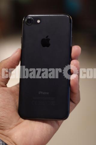 Iphone 7 32gb(used) Jet Black - 2/5
