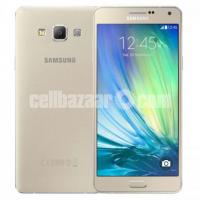 Samsung A7 (2015)