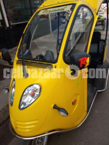 Chinna Electric Mini Car - 2/3