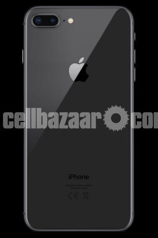 iPhone 8 Plus - 1/2