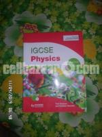 IGCSE Physics second edition + CD by Tom Duncan (Author), Heather Kennett (Author)