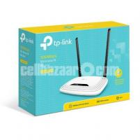 TP-Link WR841N 300Mbps WiFi N Bandwidth Control Router