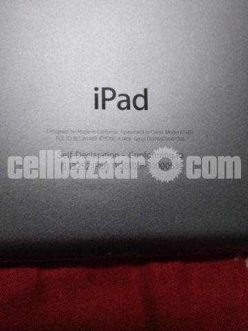 Apple iPad mini 2 16GB - 4/4