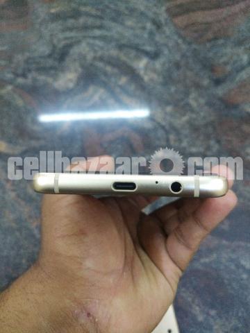 Samsung Galaxy A8 plus 6/64gb gold Urgently money needed - 5/5