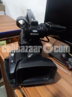 sony 1500p  Professional camera
