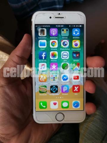 Apple iPhone 6 - 1/2