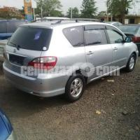 very much clean tokunbo Toyota picnic 2005 for sale buy and drive