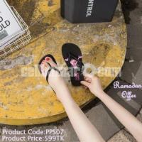 Women classic sandals collection