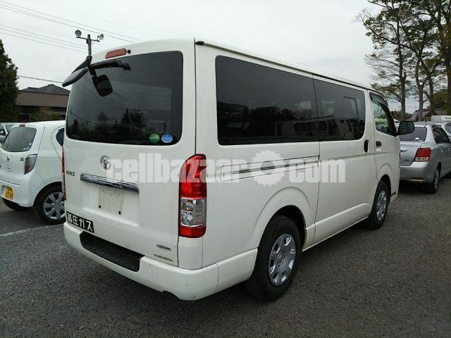 Toyota Hiace GL White Color 2014 - 2/3