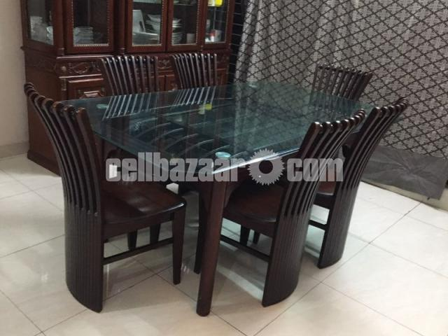 6 seater dining table - 2/4