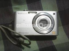 PanasonicLUMIX DMC-F2 Digital Camera