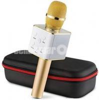 Wireless Karaoke Microphone Q7 Pink