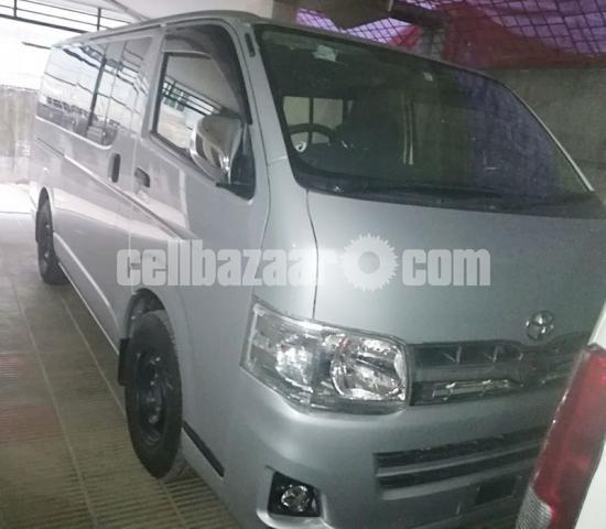 Toyota Hiace GL Pkg Silver Color - 1/4