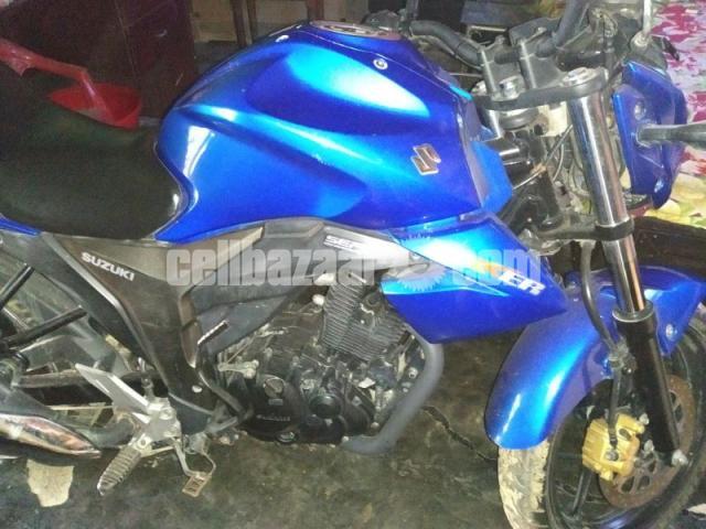 Suzuki gixxer bike urgent sell - 2/2