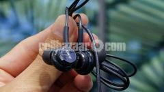 SAMSUNG GALAXY S9+ AKG HEADPHONE INTACT
