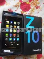 BlackBerry Z10 2/16GB Original Intact New 64GB