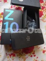 BlackBerry Z10 2/16GB Original Intact New 64GB - Image 4/5