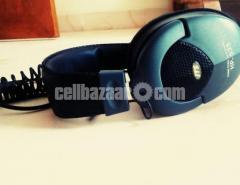 JTS studio headphone & stand