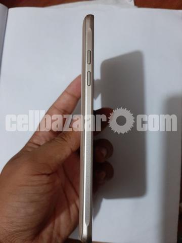 Samsung Galaxy J5 - 3/5
