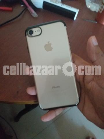 iPhone 7 - 5/5