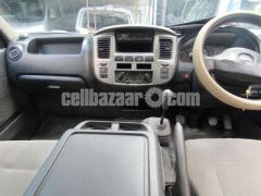 Nissan Urvan, Model: 2010 - Image 5/5
