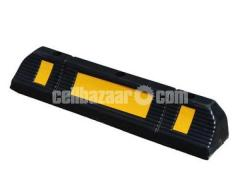 Imported Genuine rubber made wheel stopper