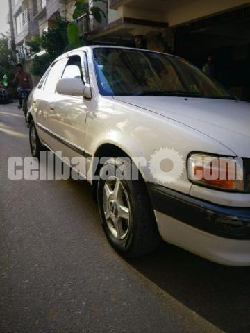 Toyota SE Saloon Corolla AE110