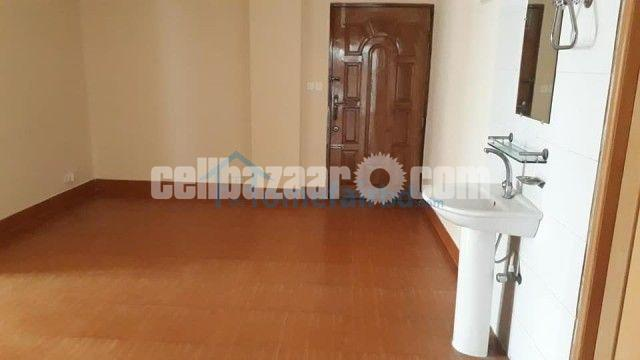 Exclusive 1225 sqft ready apartment sale in Dhanmondi - 1/4
