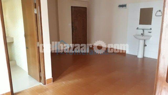 Exclusive 1225 sqft ready apartment sale in Dhanmondi - 4/4