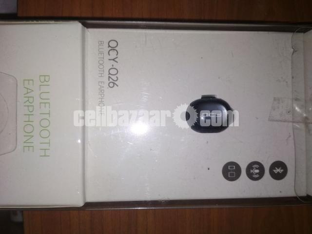 QCY Q26 Mini Bluetooth earphone Handsfree business earphones with MIC - 1/5