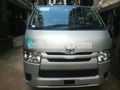 Toyota Hiace GL Pkg Silver Color - Image 1/3