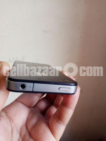 Apple iPhone 4 16GB Original New Full Box - 3/5