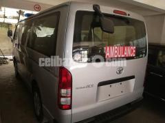 Toyota Hiace Ambulance Silver Color - Image 3/5