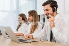 Call Center executive female