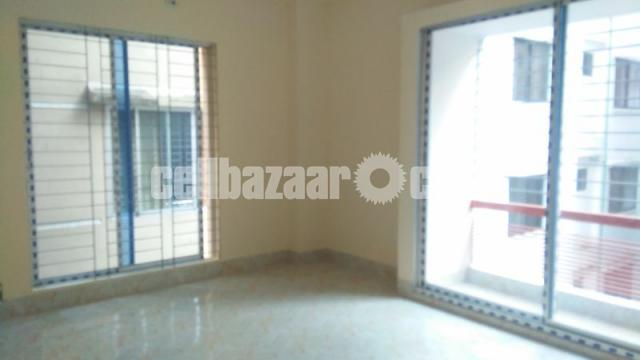 1450 Sqft Ready Apartment For Sale @ Shahjadpur - 2/5