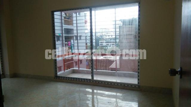 1450 Sqft Ready Apartment For Sale @ Shahjadpur - 4/5