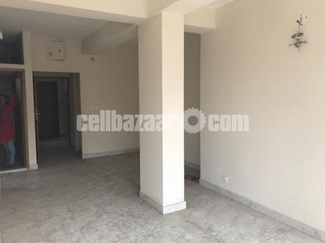 850 Sqft Ready Flat For Sale In Mirpur-1 - 2/5